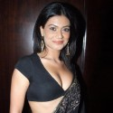 thumbs payalrohatgi6