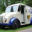 thumbs ice cream truck 051