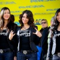 thumbs podium girls 20