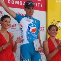 thumbs podium girls 77