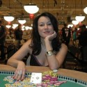 thumbs poker ladies 004