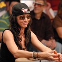 thumbs poker ladies 012