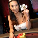 thumbs poker ladies 028