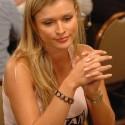 thumbs poker ladies 034