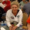 thumbs poker ladies 047