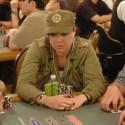 thumbs poker ladies 048