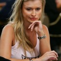 thumbs poker ladies 061