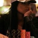 thumbs poker ladies 075