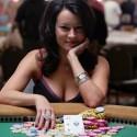 thumbs poker ladies 084
