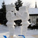 thumbs pop culture snow sculpture 10