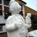 thumbs pop culture snow sculpture 20