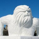 thumbs pop culture snow sculpture 24