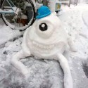 thumbs pop culture snow sculpture 31