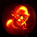 thumbs pumpkin gollum