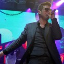robin-thicke-virgin-freefest-05