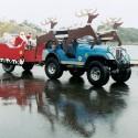 thumbs santas sleigh 019
