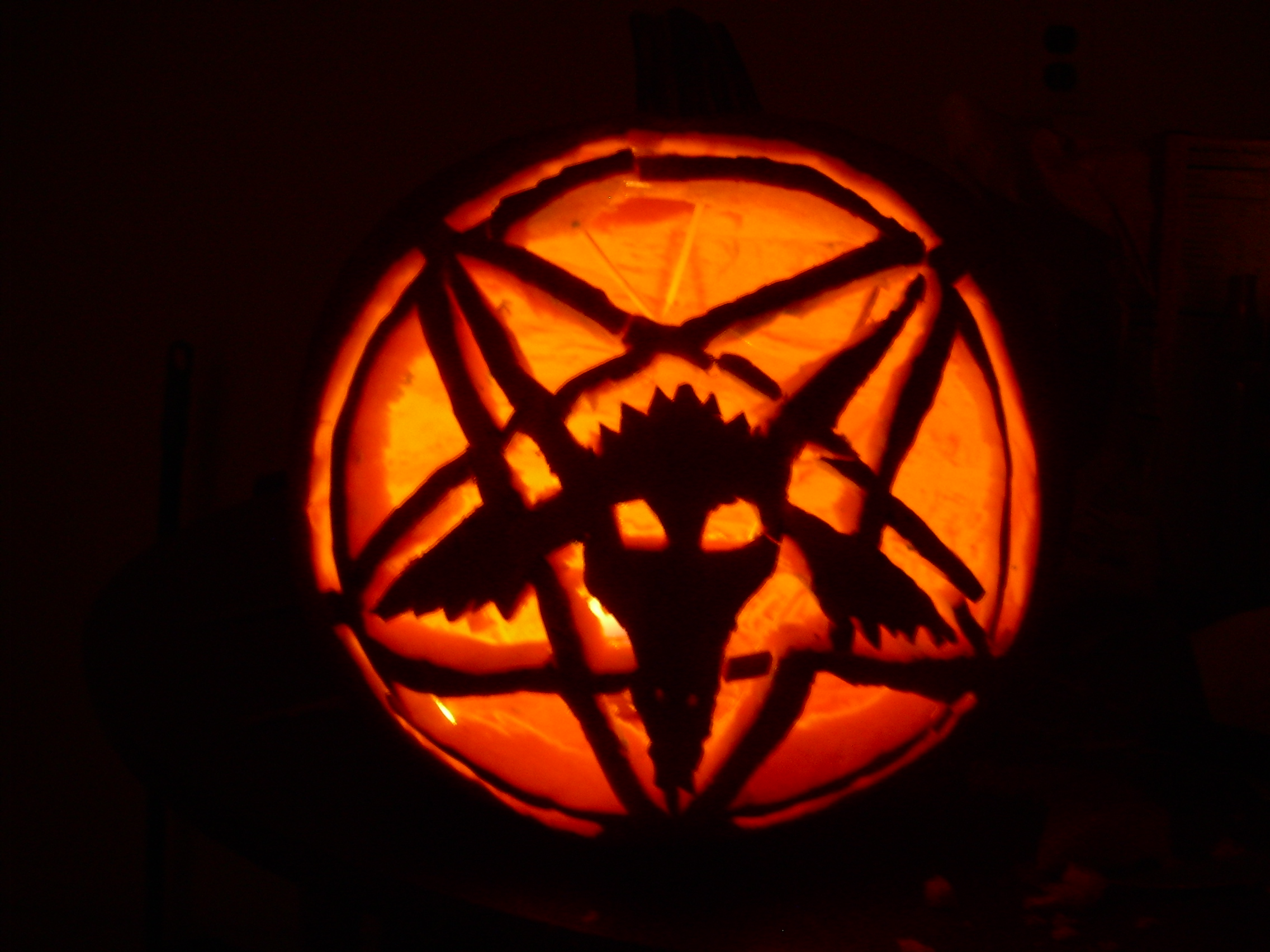 Uncategorized How To Carve Scary Pumpkins terrifyingly scary halloween pumpkins thumbs 15