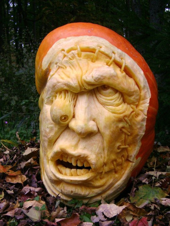 Terrifyingly Scary Halloween Pumpkins