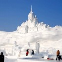thumbs snow castle 36