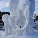thumbs snow sculpture 104