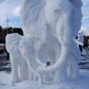 thumbs snow sculpture 104