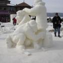 thumbs snow sculpture 105