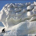 thumbs snow sculpture 107