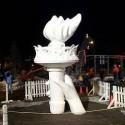 thumbs snow sculpture 23