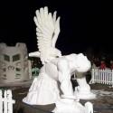 thumbs snow sculpture 24