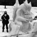 thumbs snow sculpture 26