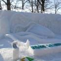 thumbs snow sculpture 32