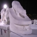 thumbs snow sculpture 33