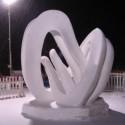 thumbs snow sculpture 35