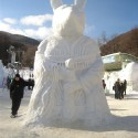 thumbs snow sculpture 44