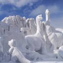 thumbs snow sculpture 46