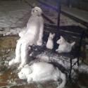 thumbs snow sculpture 81