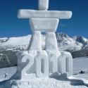 thumbs snow sculpture 91