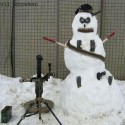 thumbs snowmen soldier