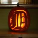 thumbs detriot tigers pumpkin carving 2
