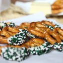 thumbs st patricks day inspired pretzels 2