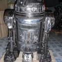 starwars-r2d2-statue-july2011