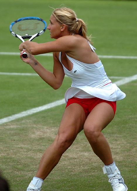 фото подсмотренное за спортсменками
