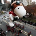 NEW YORK - NOVEMBER 25:  The Snoopy float glides down Central Park South during the Macy's Thanksgiving Day parade  November 25, 2010 in New York, New York.  (Photo by Chris Hondros/Getty Images)
