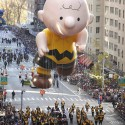 thumbs thanksgiving day parade balloons 013