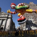 thumbs thanksgiving day parade balloons 015