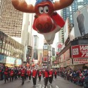 thumbs thanksgiving day parade balloons 016