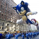 thumbs thanksgiving day parade balloons 043