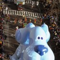 thumbs thanksgiving day parade balloons 053