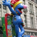 thumbs thanksgiving day parade balloons 055