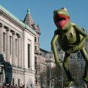 ca. 1982, New York, New York, USA --- Kermit the Frog Balloon in Macy's Thanksgiving Day Parade --- Image by © Kelly-Mooney Photography/Corbis